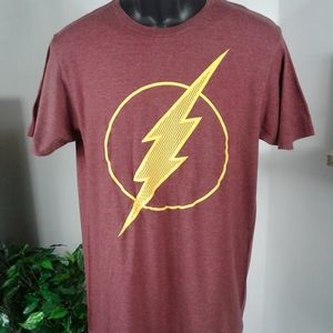 Men classic DC comic The Flash T-shirt. Size M